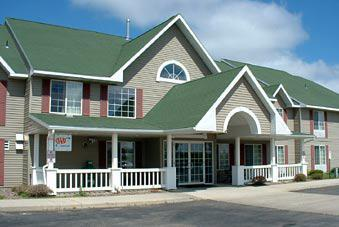 Country Inn & Suites: Alexandria, MN