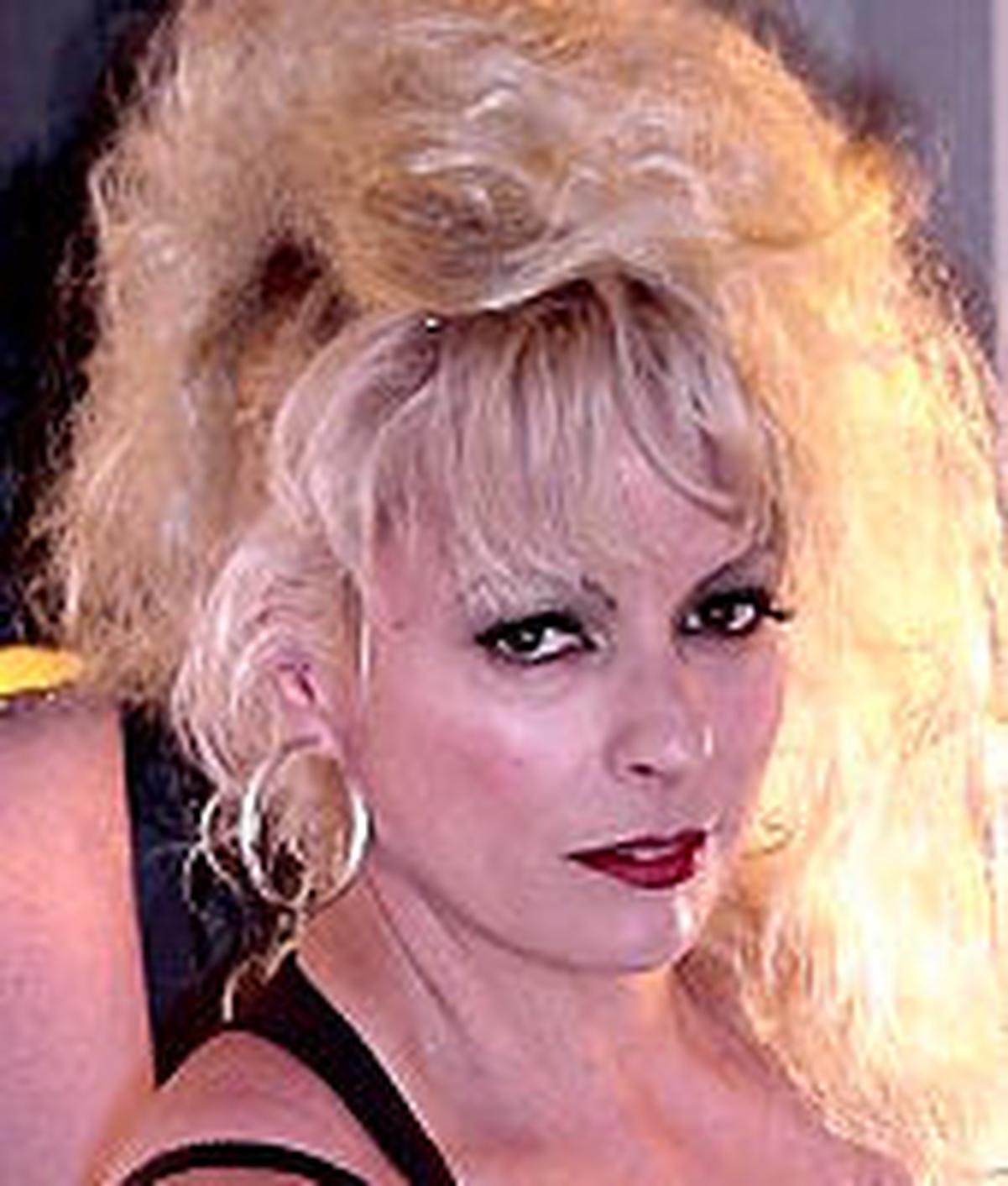 Mistress Sondra Rey