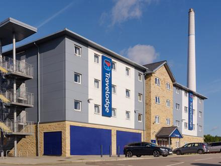 Travelodge: Huddersfield Hotel