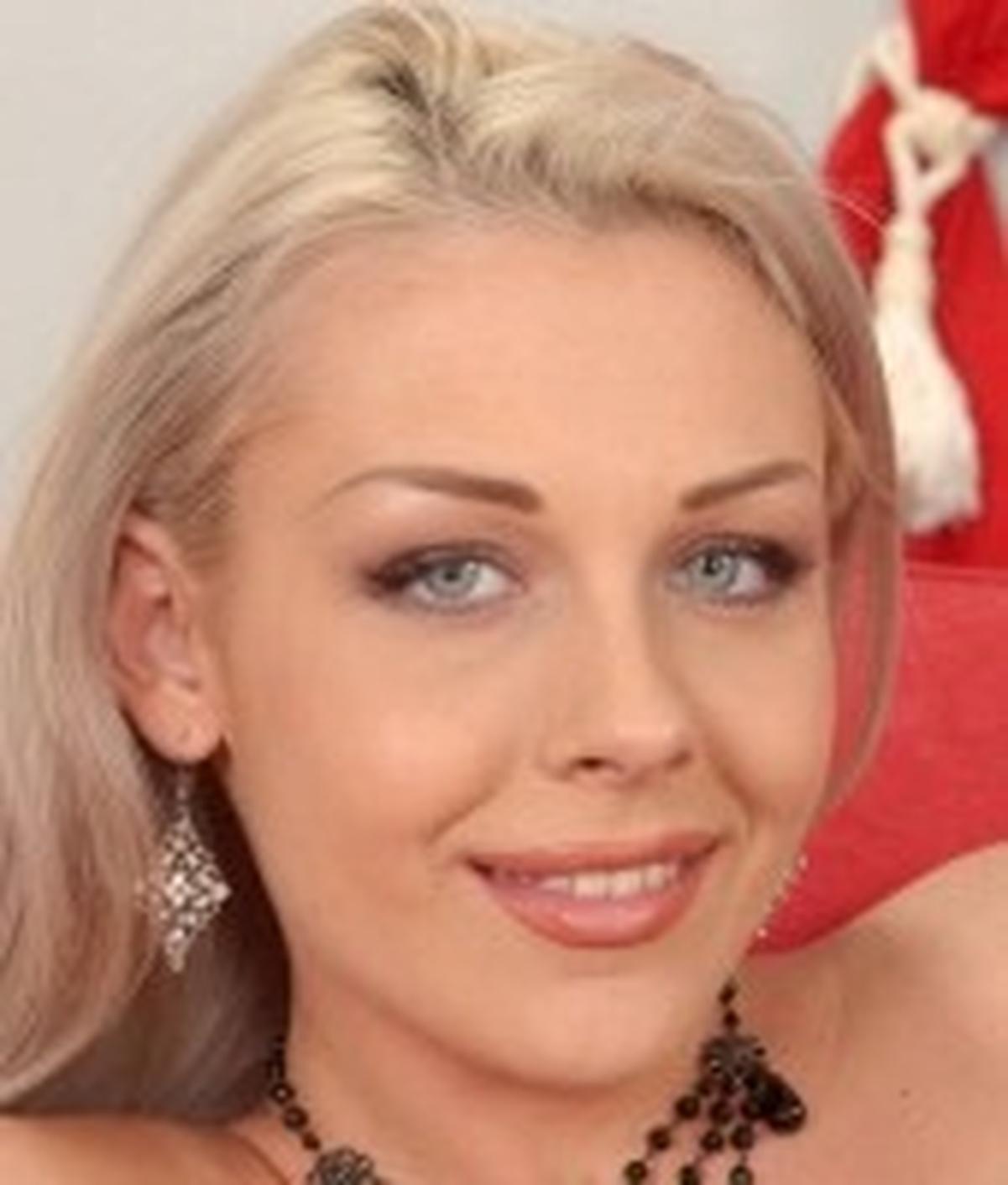 Sophie Angel