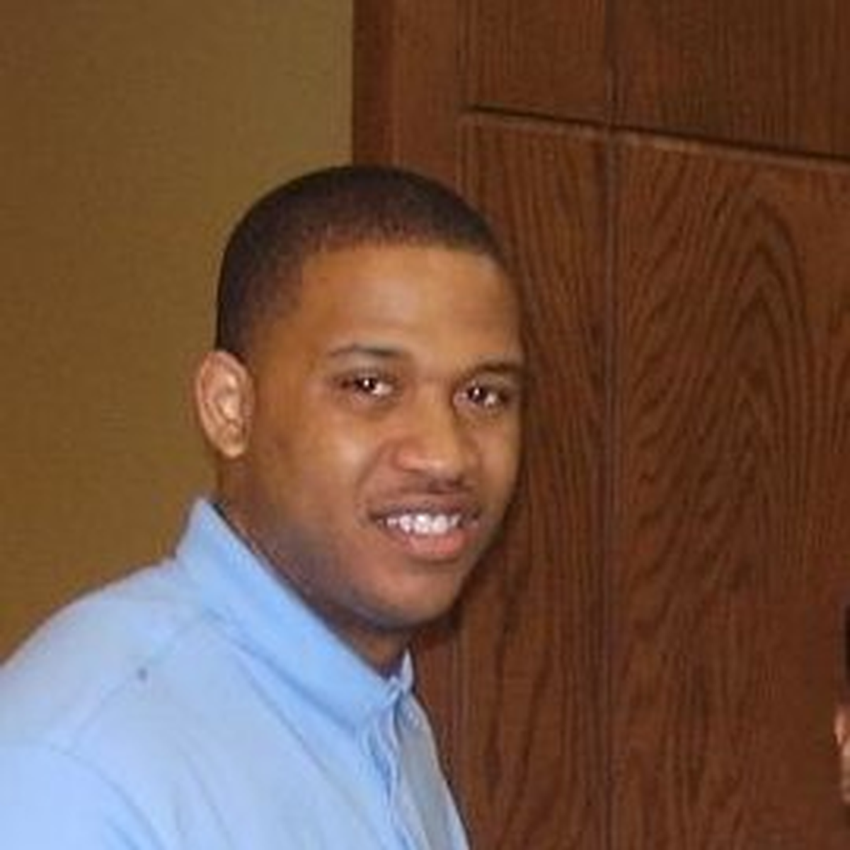 Tommie Mabry (Author)