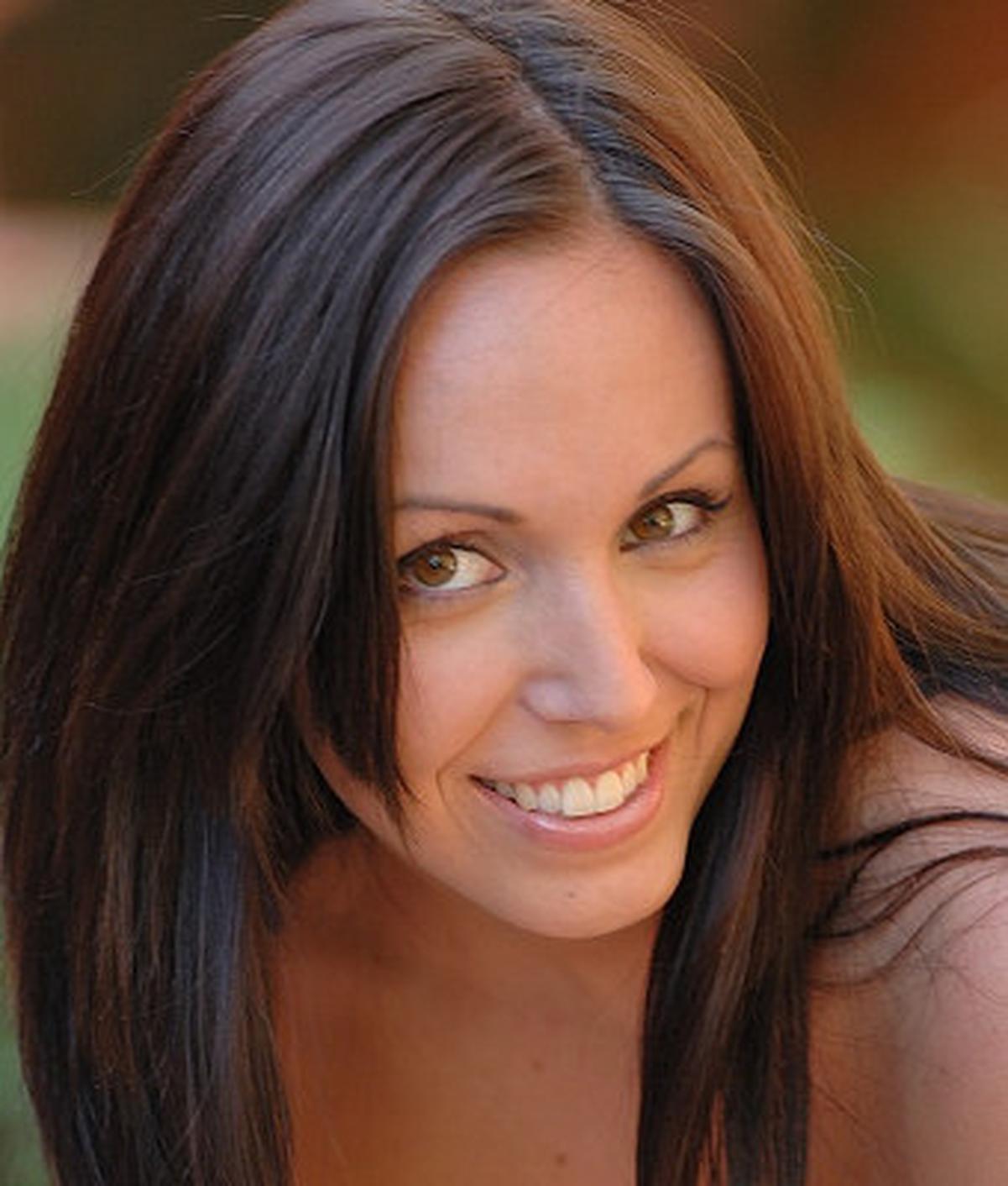 Raquel De Rossi