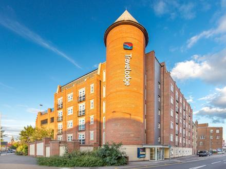 Travelodge: London Romford Hotel