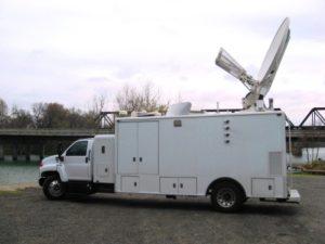 2006-Chevrolet-Kodiak-7500-28ft-HD-Uplink-Truck