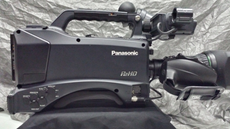 Panasonic AG-HPX370 P2 HD Camcorder with Fujinon 17Dx Lens -Used