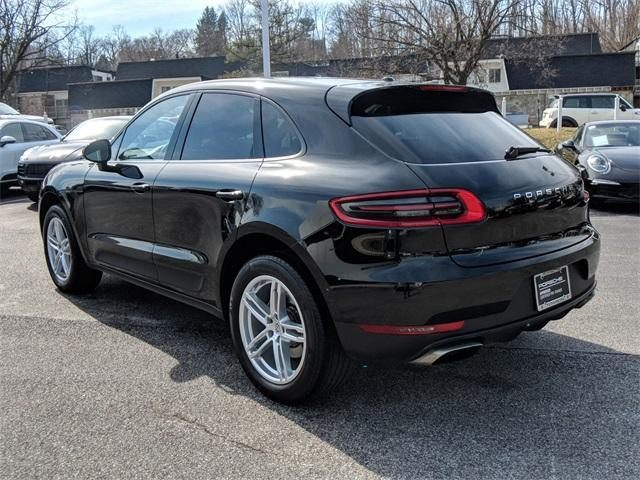 2017 Macan AWD picture #5