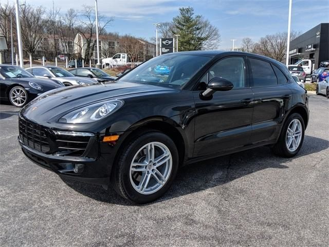 2017 Macan AWD picture #7