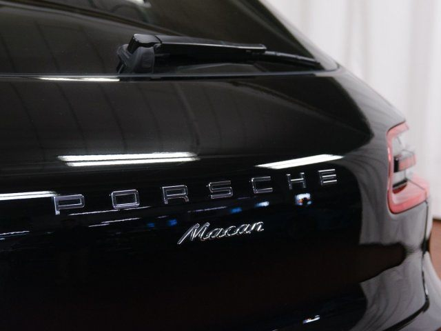 2018 Macan picture #8