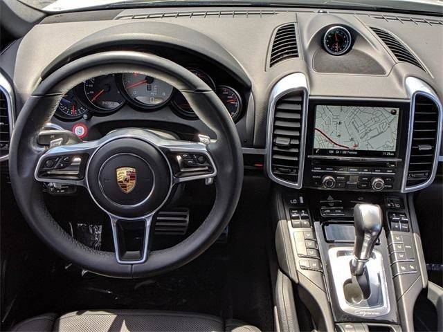 2016 Cayenne AWD 4dr S picture #16