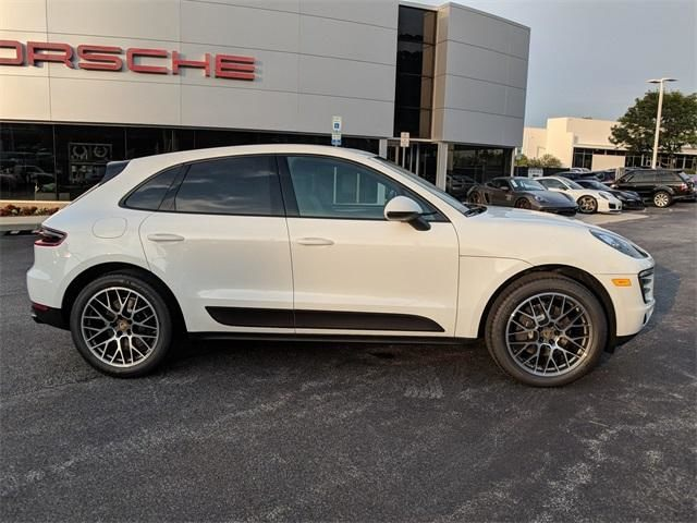 2018 Macan AWD picture #2