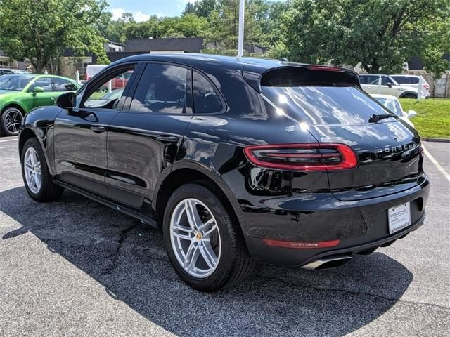2018 Macan AWD picture #5