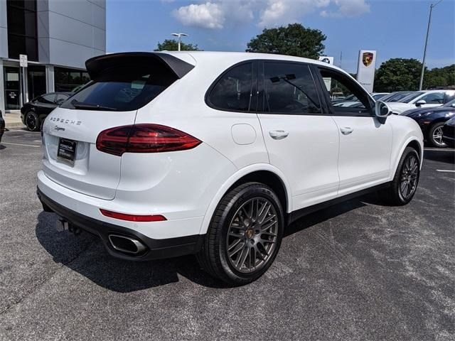 2017 Cayenne AWD picture #3