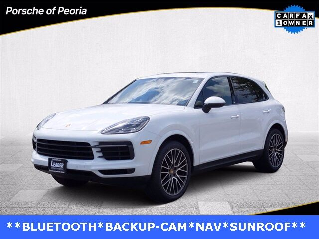 2019 Cayenne Base picture #1