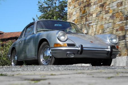 1966 Porsche 911 Sunroof Coupe! picture #1