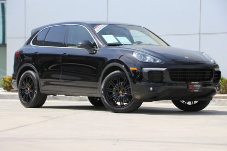 2016 Cayenne picture #1