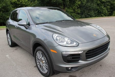 2017 Cayenne S picture #1