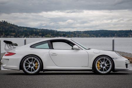 2011 Porsche GT3 RS picture #1