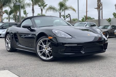 2019 718 Boxster picture #1