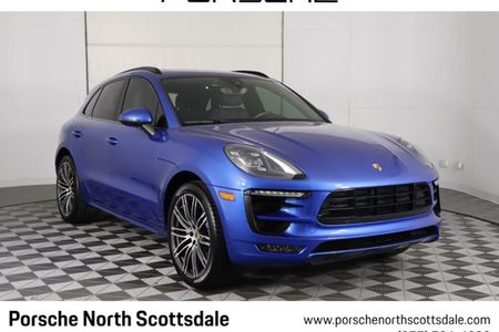 2017 Macan GTS AWD picture #1