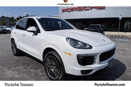 2017 Cayenne AWD picture #1