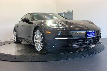 2018 Porsche Panamera 4 picture #1