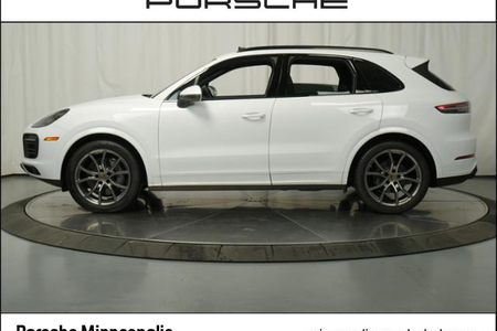 2019 Cayenne S AWD picture #1