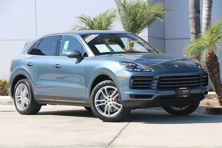 2019 Cayenne S picture #1