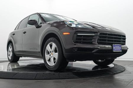 2019 Porsche Cayenne Base picture #1