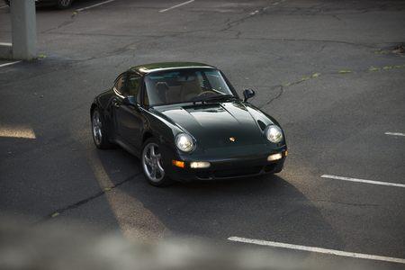 1997 993 C4S picture #1