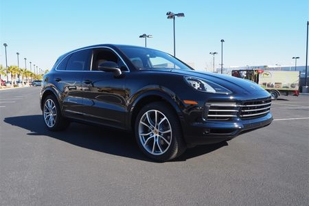 2020 Cayenne Base picture #1