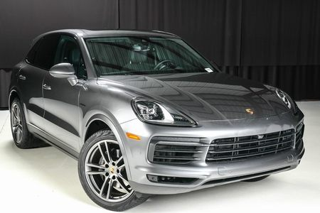 2019 Cayenne S Hybrid picture #1