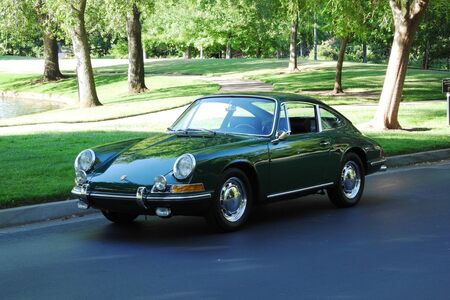 1966 911 Coupe Irish Green! picture #1