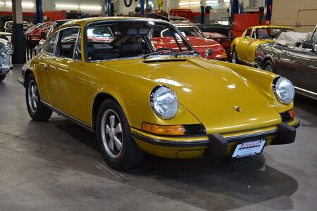 1973 911T 2.4 Liter Sunroof Coupe picture #1
