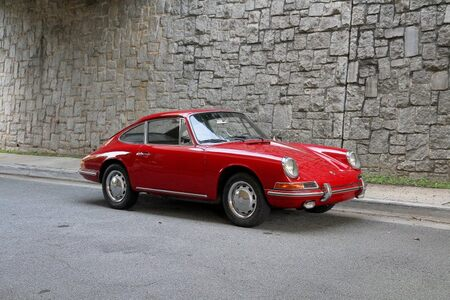 1966 912 picture #1