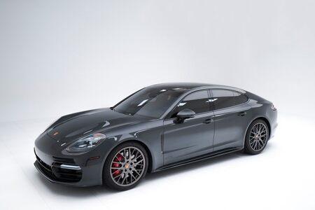 2020 Porsche Panamera GTS picture #1