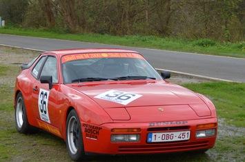 1986-porsche-944-turbo-cup