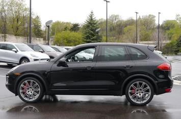 2014-cayenne-awd-4dr-turbo