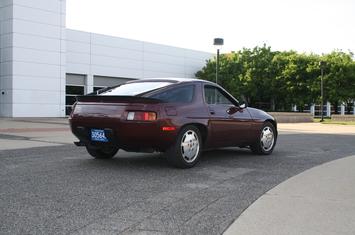 1983-928s