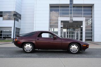 1983 928s