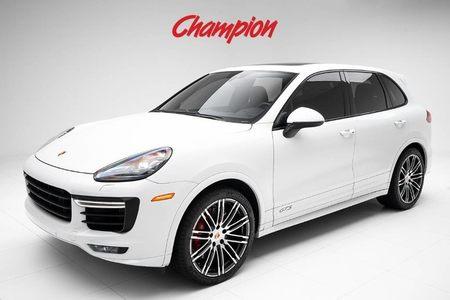 2016 Porsche Cayenne GTS picture #1