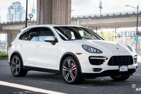 2011 Cayenne Turbo picture #1