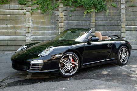 2010 Porsche Carrera C4S Cabriolet picture #1