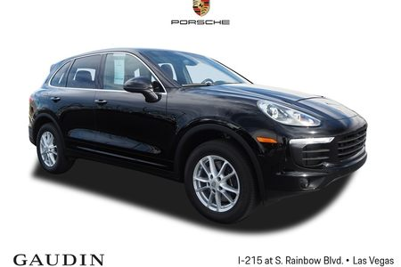 2017 Cayenne Base picture #1