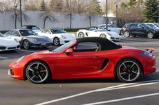 2015-boxster-2dr-roadster-gts