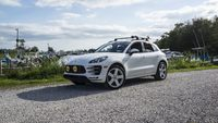 2017 Macan picture