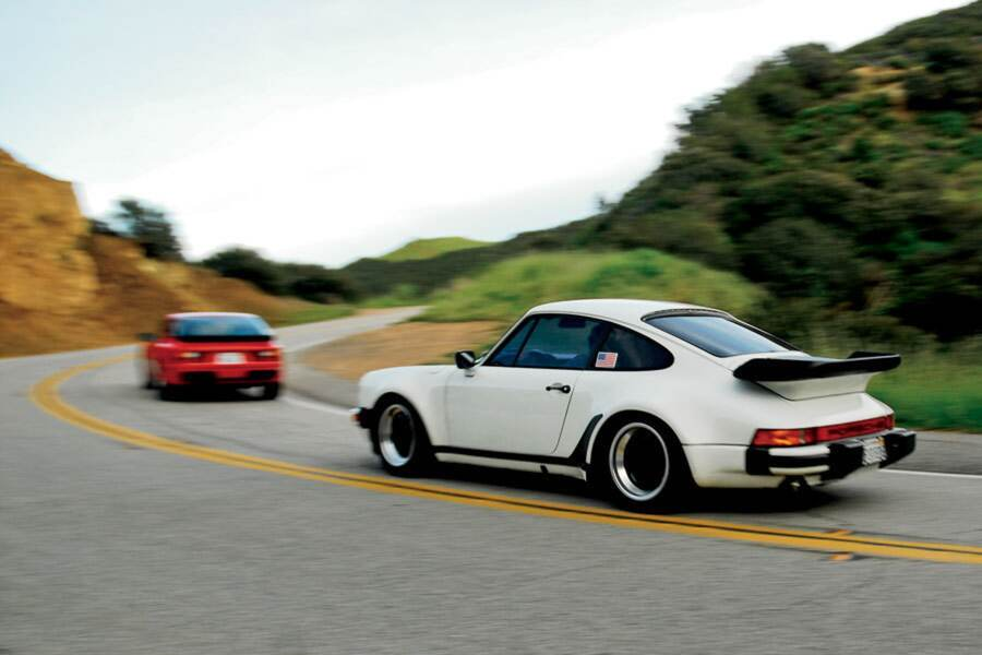 911 3.2 vs. 944 S2 2