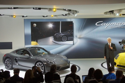 Video: Porsche President and CEO introduces new Cayman 1