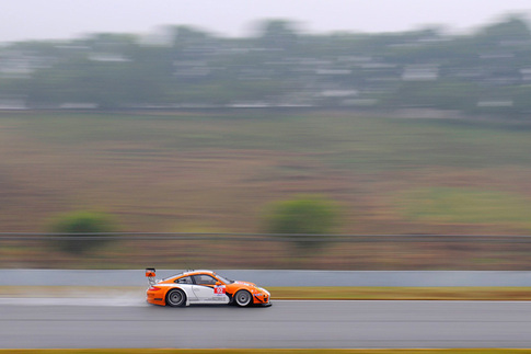 GT3 R Hybrid met with rain during pre-race testing in China 3