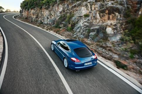 2011 Panamera S Hybrid announced 4