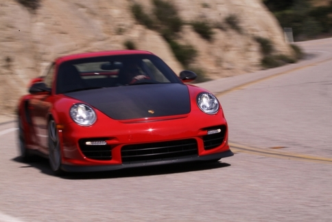 Video: GT2 RS vs. GT3 RS 7
